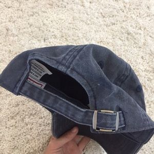 ac10e83fe NWOT - Woman's Distressed New York Yankees hat