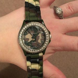 Geneva Platinum Accessories - Original Geneva camo watch