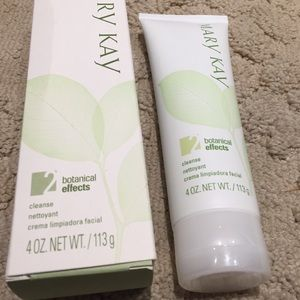 Mary Kay cleanser