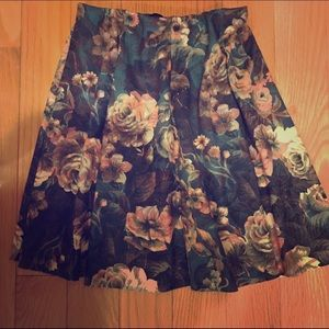 Zara TRF Floral Skirt Small S