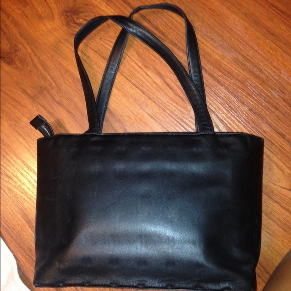 8b55a8e6b6 gianni versace black leather tote bag RIRI. M_57ff0ce7f092828399009f10