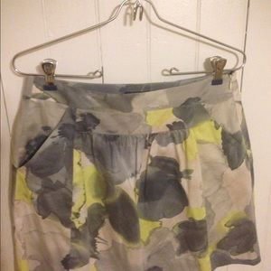 Theory skirt with pockets very soft 4