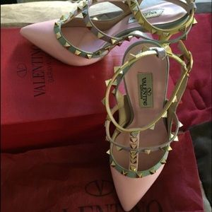 Shoes - ⛔️SOLD.⛔️Valentino Studs heel.