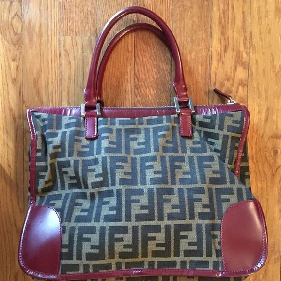 4ce3c8599114 Fendi Handbags - Authentic Vintage Fendi Canvas   Red Leather Bag