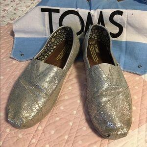 Toms silver Flats Sz 8.5