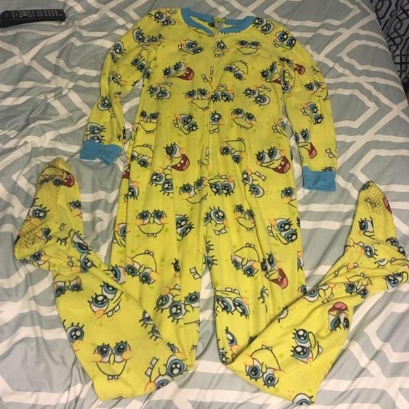 e72140748a99 SpongeBob SquarePants footed onesie. M 57ff9a7e2de51233cb01ae52