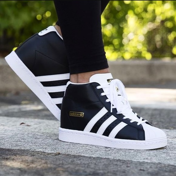 adidas Originals Superstar up Strap W Black White Womens