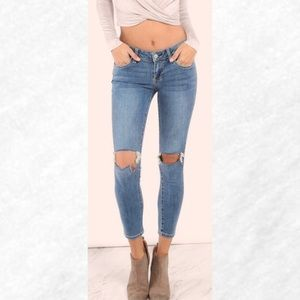 Distressed Knee Cutout Ankle Grazer Skinny Jeans