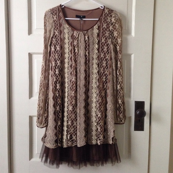 Anthropologie Dresses & Skirts - Modcloth brand Ryu. New 👗Brown and cream dress