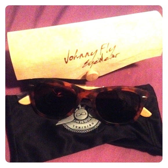 johnny fly Accessories - Johnny Flywear Sunglasses in Sanded Tortoise