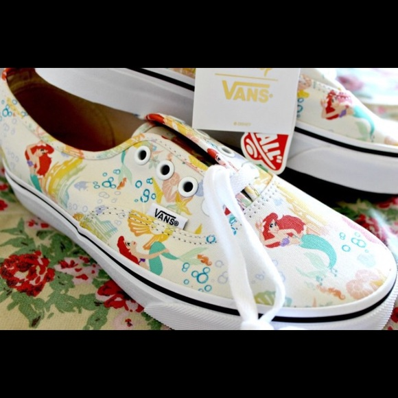 8b4955cc64b004 Disney s The Little Mermaid Vans Sz 6.5
