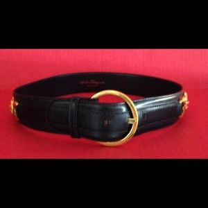 Ferragamo Accessories - VINTAGE FERRAGAMO LEATHER BELT 🍒 EUC🍒
