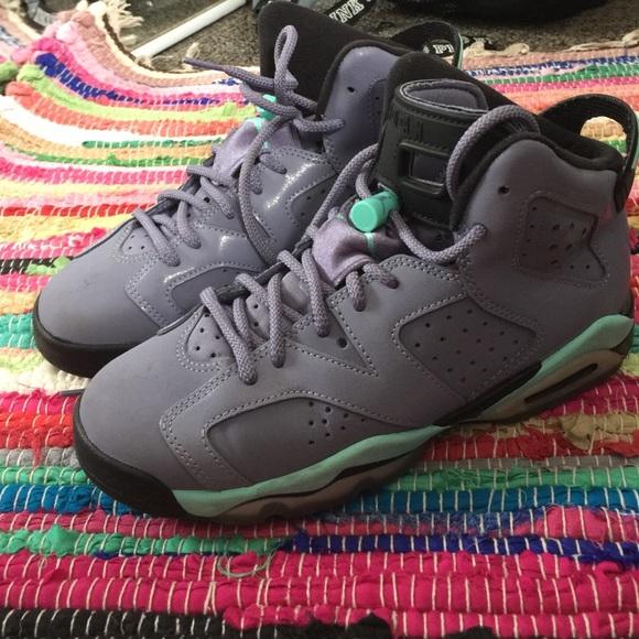 Jordan Shoes - Jordan 6s grade school size 5  bfd94ed91