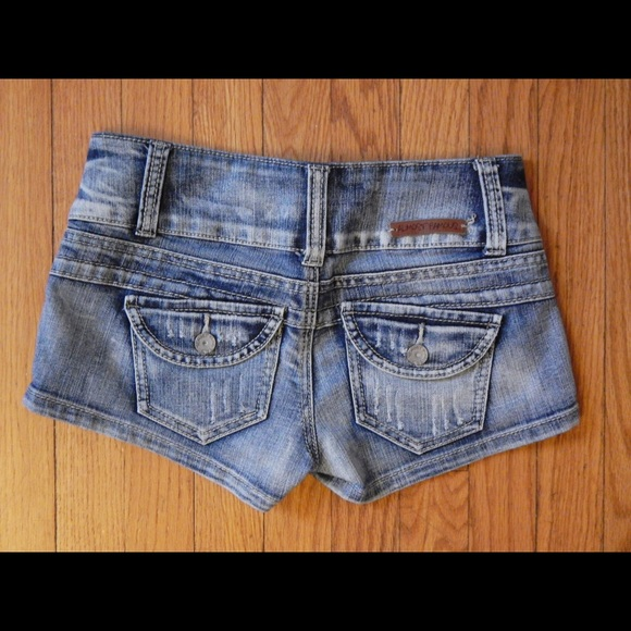Almost Famous Shorts - Almost Famous Denim Shorts Sz 3