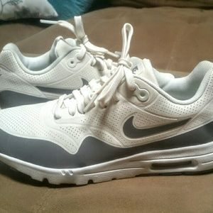 Nike Shoes - ⚡ ⚡ **FINAL**Nike Air Max -