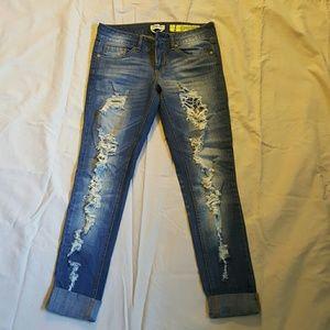Denim - Frayed jeans