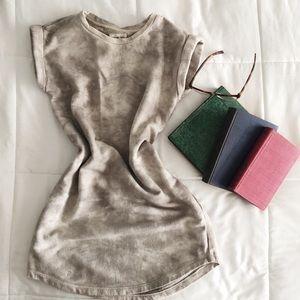 ✨HP ✨ Lou & Grey Sweatshirt Dress