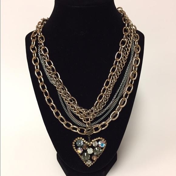 Sabika Sabika Chain And Heart Pendant Set From Lynn S