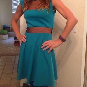 Dresses & Skirts - Ladies Beautiful teal/turquoise scuba dress w/lace