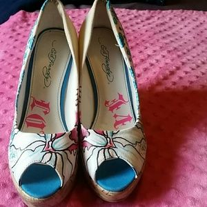 Shoes - Ed  Hardy hoes size 6