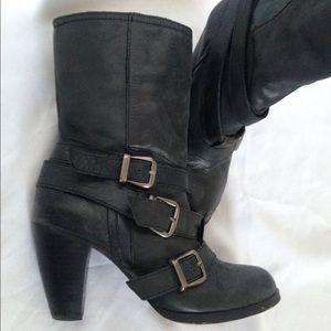 Steve Madden Black Leather Belted Ankle Boot Moto