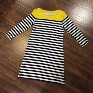 Old Navy 3/4 Sleeve Striped Dress