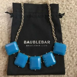 Blue statement necklace from Baublebar