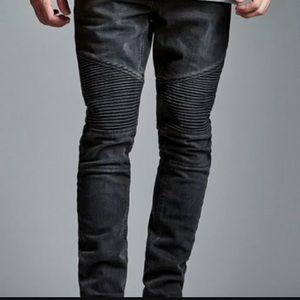 Bullhead Black Denim Moto Stack Skinnies!😎