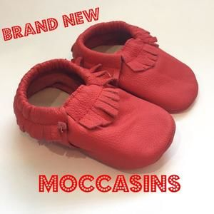 Other - ⚜⚜Editor's Pick⚜⚜🎉🎉ON SALE🎉🎉 Brand New Red Moccs (Moccasins)