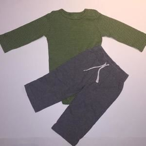 Carters Other - 🎉🎉ON SALE🎉🎉 Carter's Green & Gray 2-piece Outfit