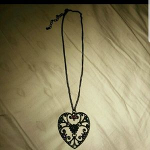 Dorothy Perkins Jewelry - Black heart shaped necklace from Dorothy perkins