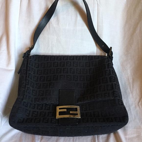 f7c9134f58c Fendi Bags   Borsa Passaspalla Bag   Poshmark