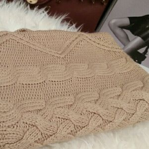 Sweaters - Long Cable Knit Sweater