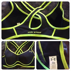 Under Armour Other - Like New Under Armour Padded Sports Bra