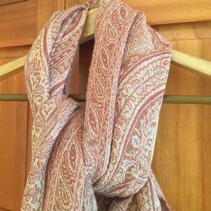 Gorgeous scarf
