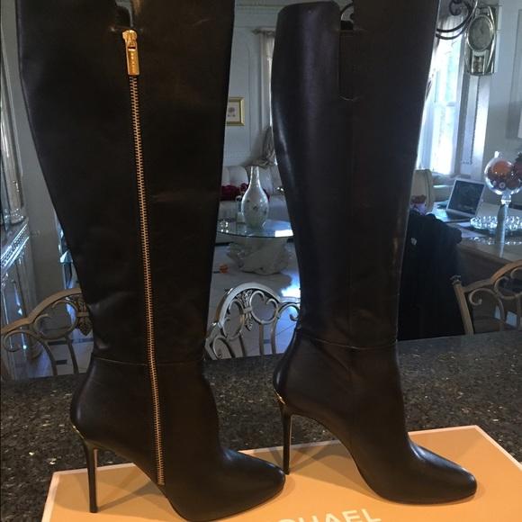a378bfaa03c Michael Kors Clara Boot. M 5800f4d25c12f8d029024b80