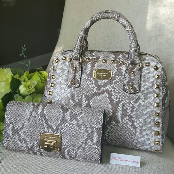 55b69e459b33 Michael Kors Bags   Saffiano Satchel Astrid Wallet Bundle   Poshmark
