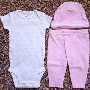 Carters Other - Carter's 3 Pc White pink star top, leggings, cap