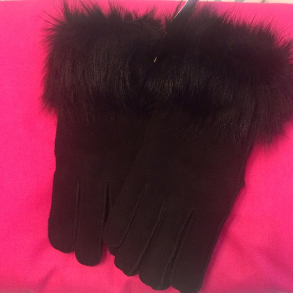 41e5f2d397d Surell Shearling and Fur Gloves