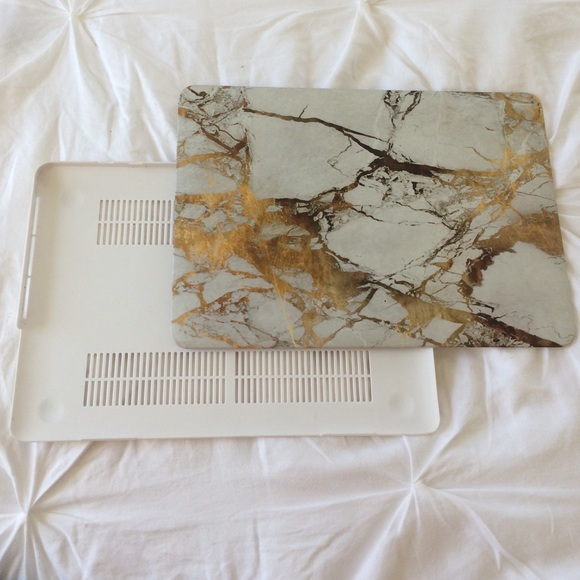 reputable site cafd2 59e24 Faux Gold Marble Macbook Pro 13