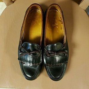 Allen Edmonds Other - Allen Edmonds Woodstock Vintage Loafers Men's 10C