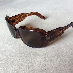 SPY Accessories - TEMP PRICE ⬇️ SPY Tortoise Sunnies