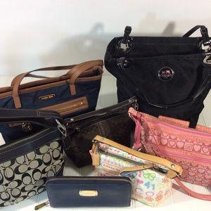 Michael Kors Bags - 7 Michael Kors Coach Brighton pause wallet bag lot 8ff1ed725a8ff