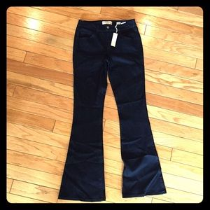 NWT Divine Rights Denim Flare Jeans 30