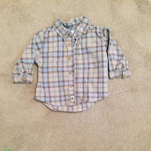 Children's Place Other - Children's place button down cotton shirt