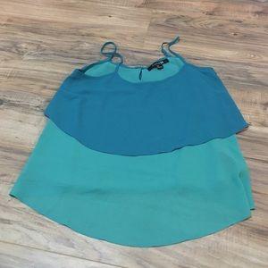 Blue green color block top