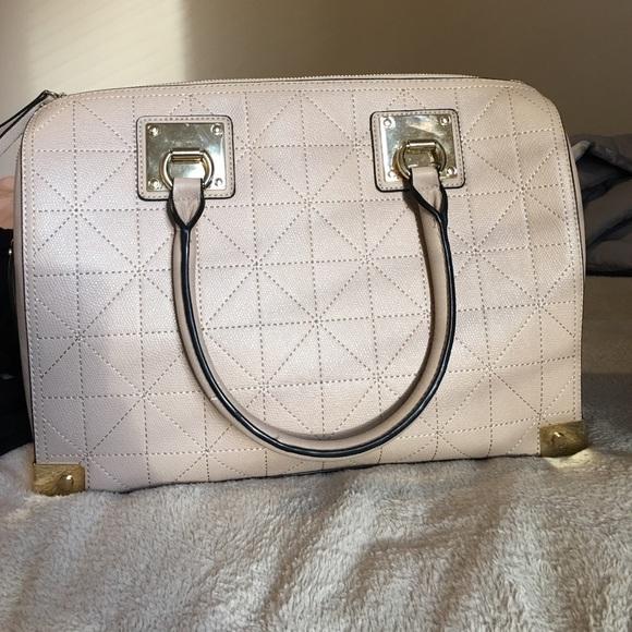 ac9de27bdd3 Aldo Handbags - ALDO WALL BAG.