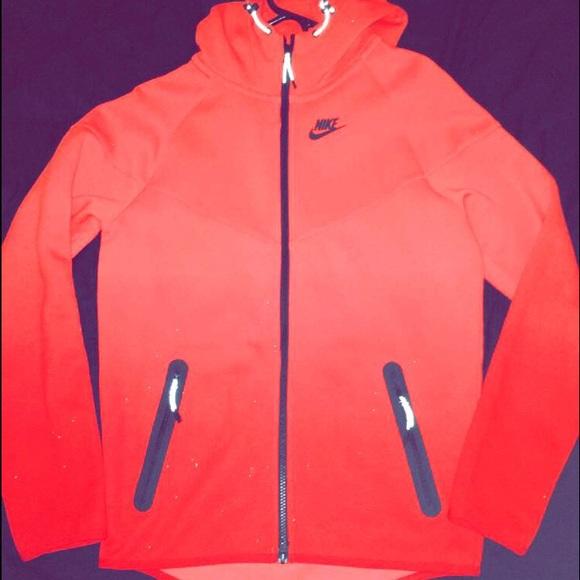 b2307db73e96 Nike Tech Fleece Red Ombré Jacket Size Small. M 580158514e95a38615014ff6