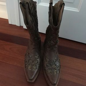 Shoes - Women's leather cowgirl boots