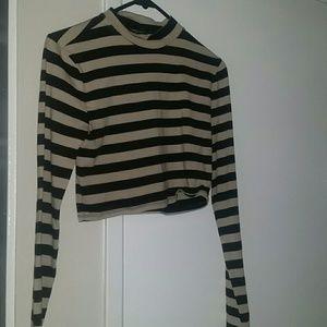 Medium striped long sleeve crop top